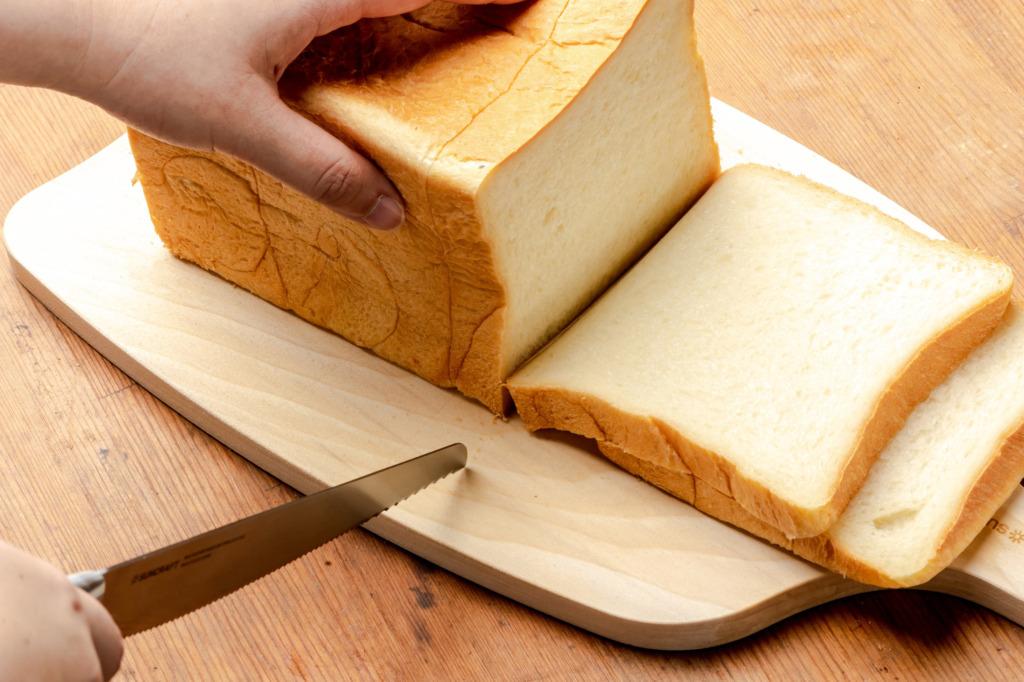 パン切りナイフ「せせらぎ」ストレート刃