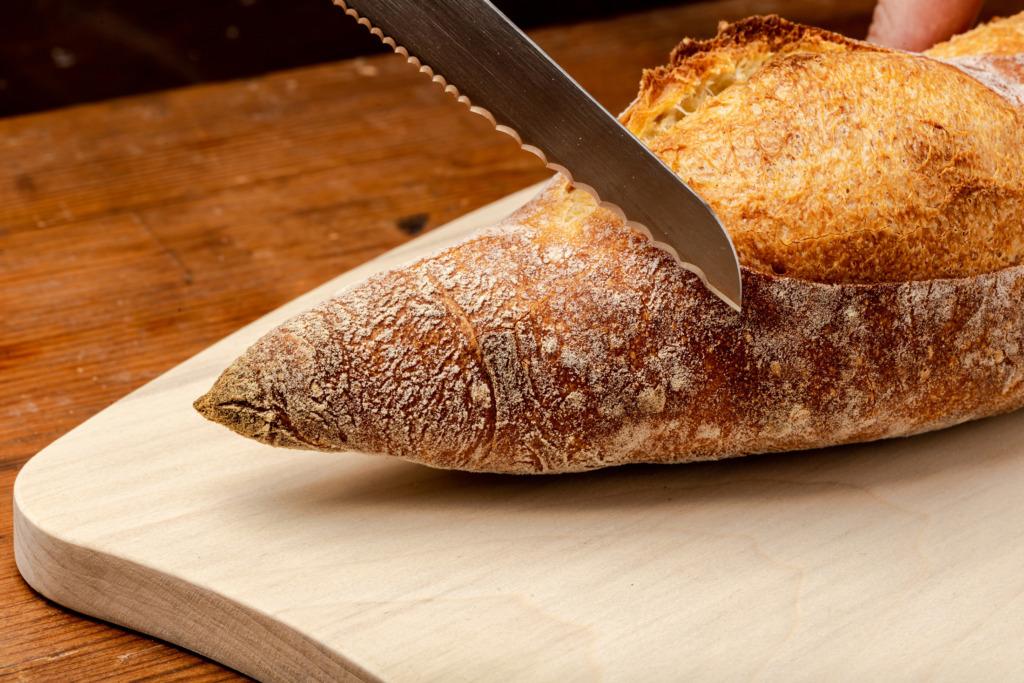パン切りナイフ「せせらぎ」大きな波刃